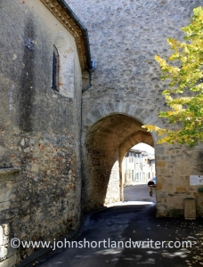 Aurignac (15)   copyright
