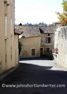 Aurignac (20)   copyright