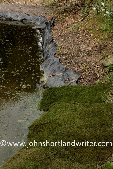 pond-lining-2-copyright