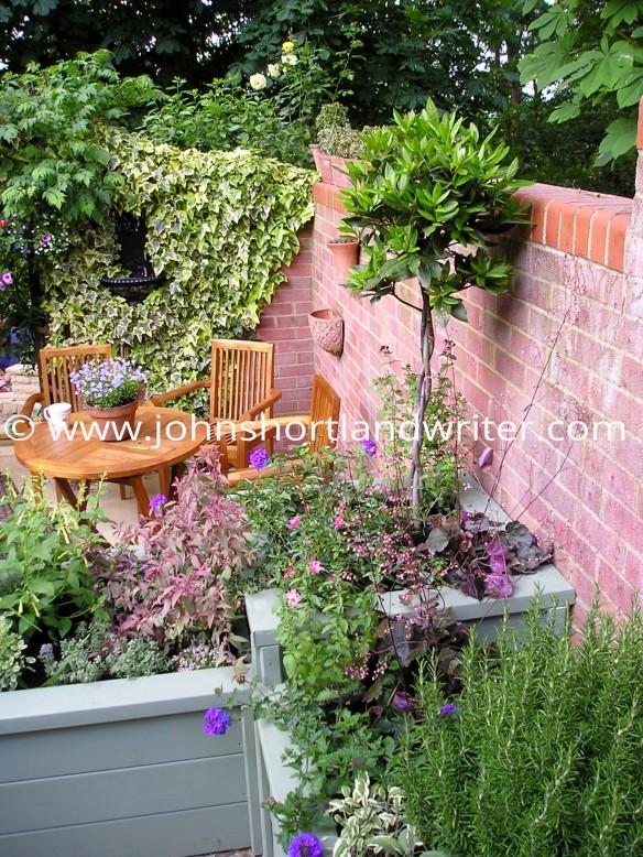 Garden Makeover 3d copyright