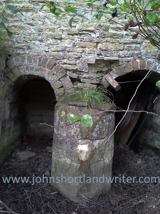 Dornford Old Pump House (20) watermark