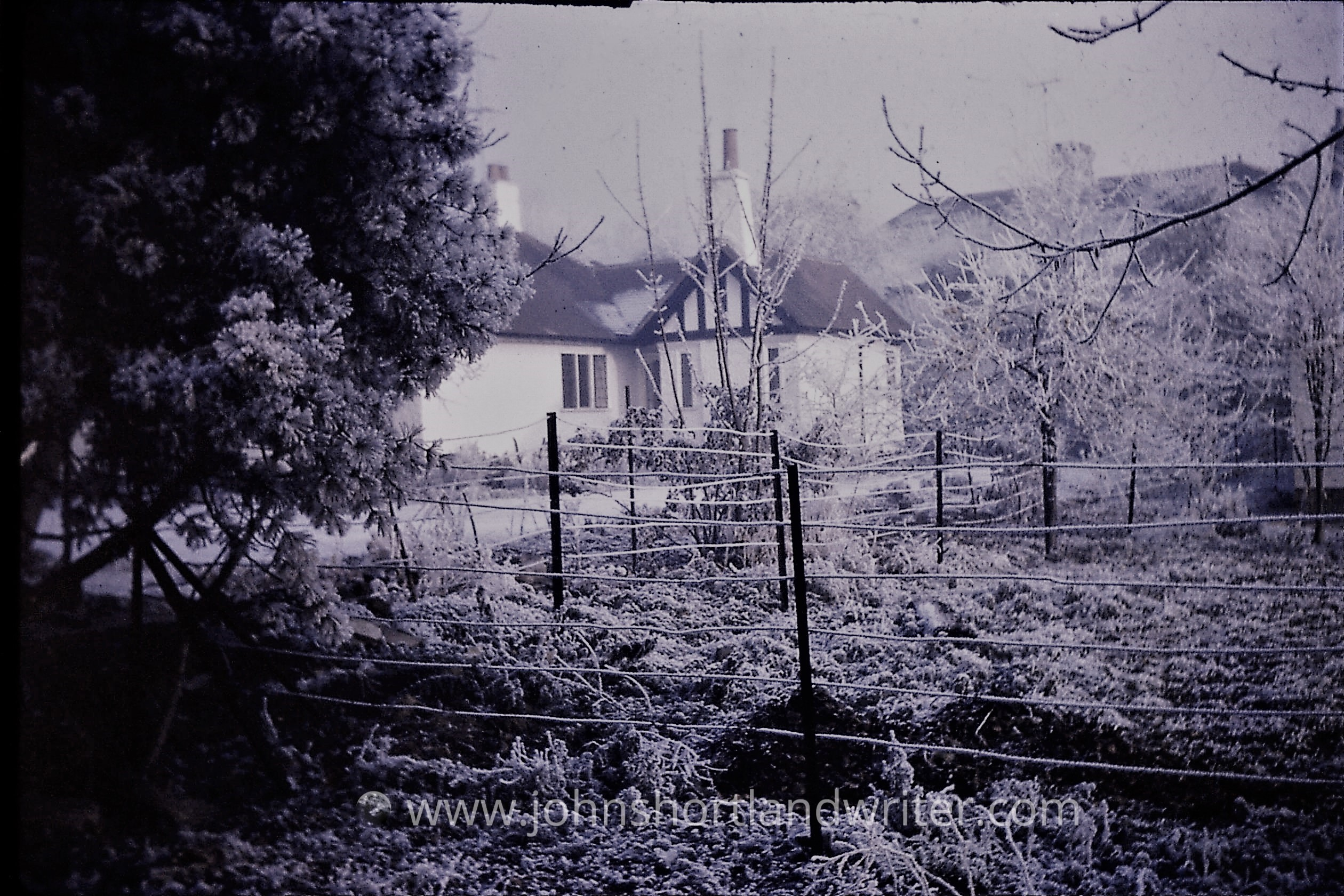 Hawthorne Cottage Xmas 1970 watermark