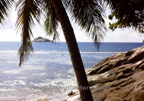 Moyenne Island (3) watermark